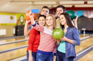 Ashwaubenon Bowling Alley Teen Birthday Parties